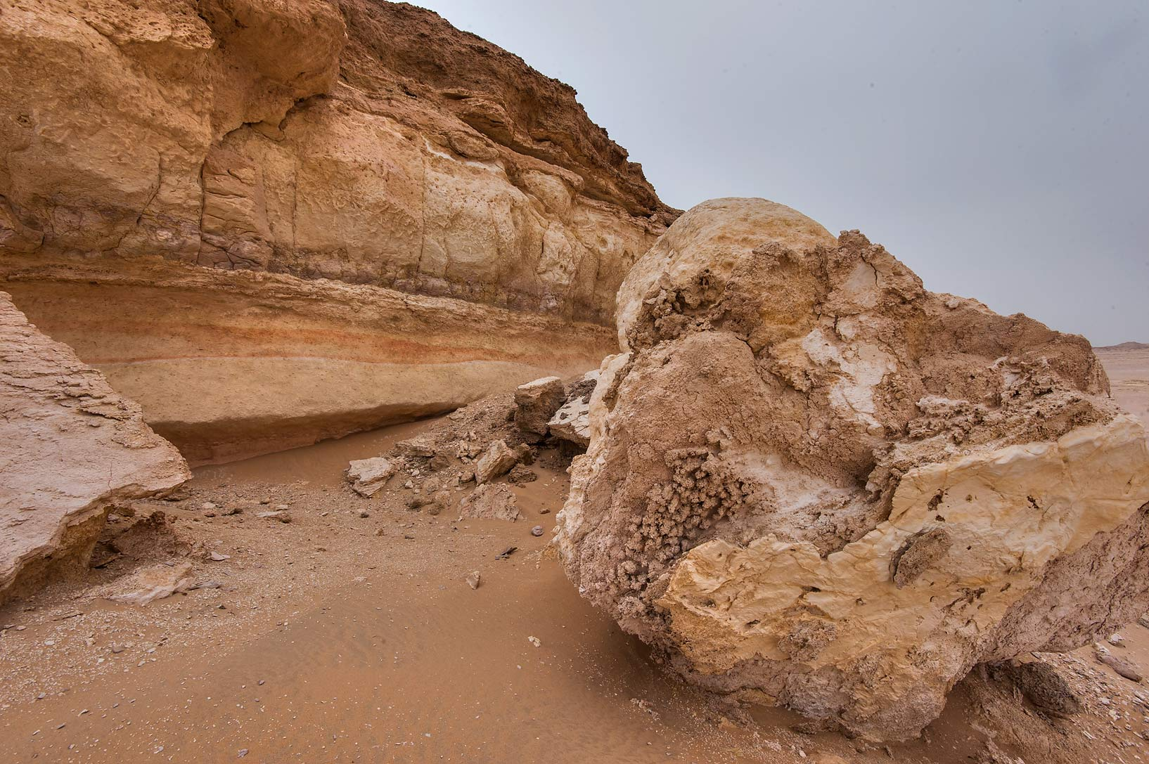 Limestone cliffs in area of Nakhsh Mountain near Salwa Rd. in southern Qatar