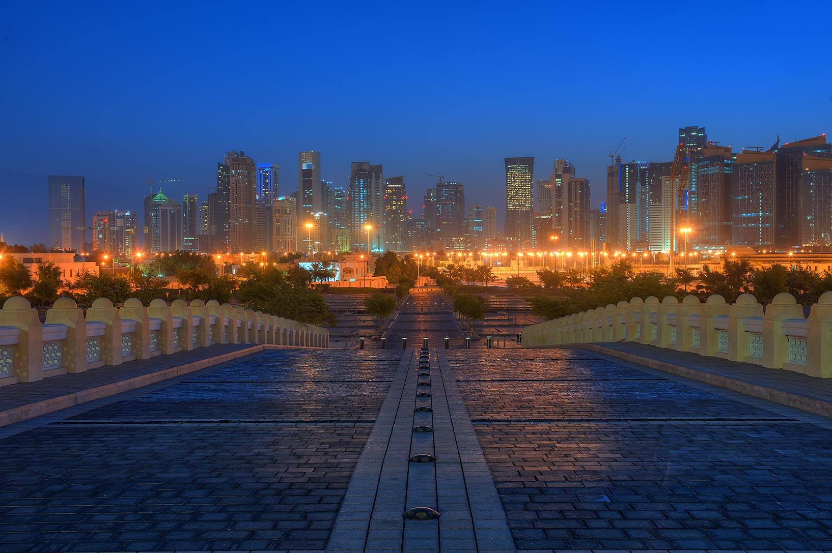Entrance ramp of State Mosque (Sheikh Muhammad...Wahhab Mosque) at morning. Doha, Qatar