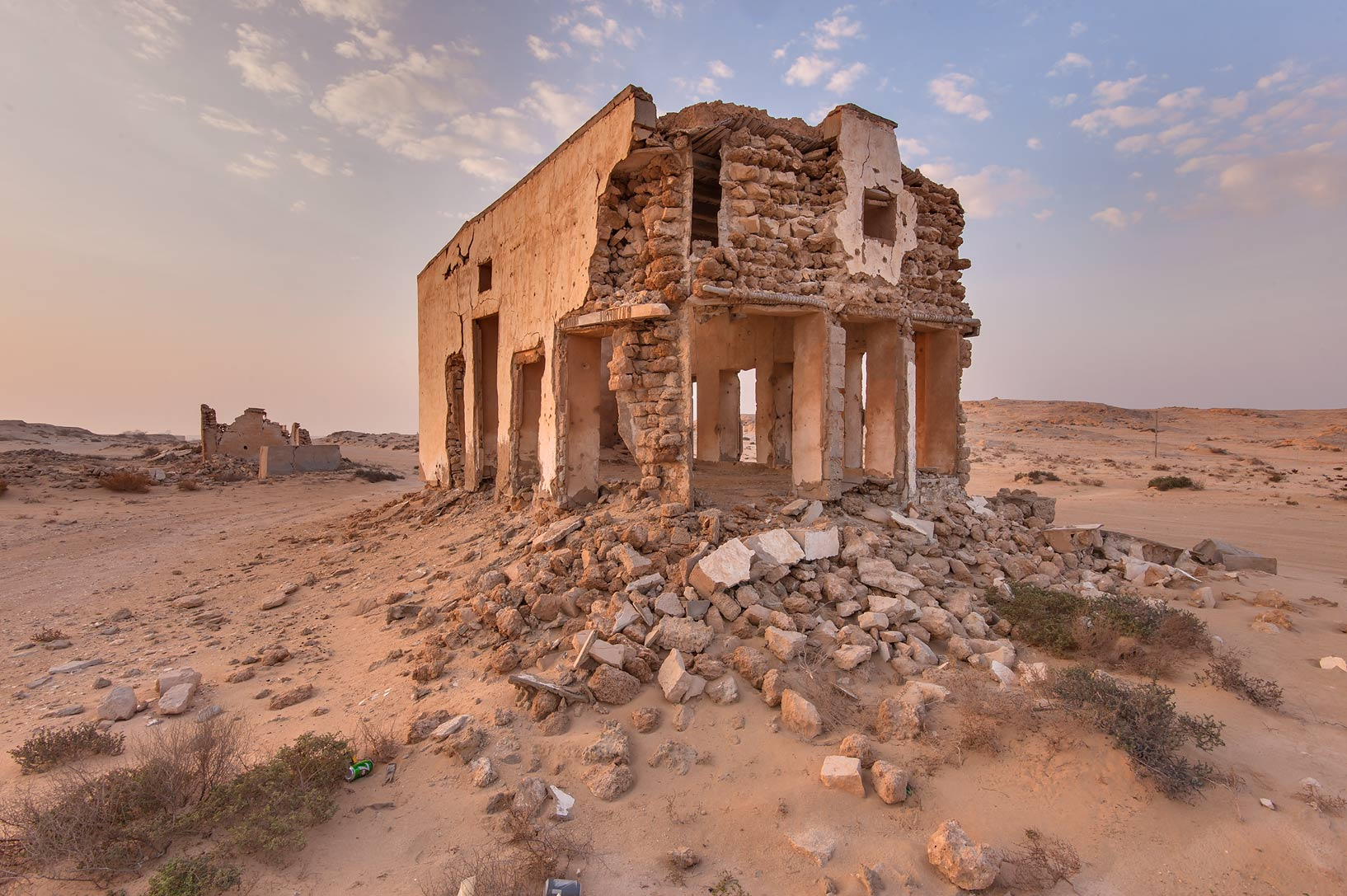 Ruins of a big house in northern side in old...eastern coast, Ash Shamal area. Qatar
