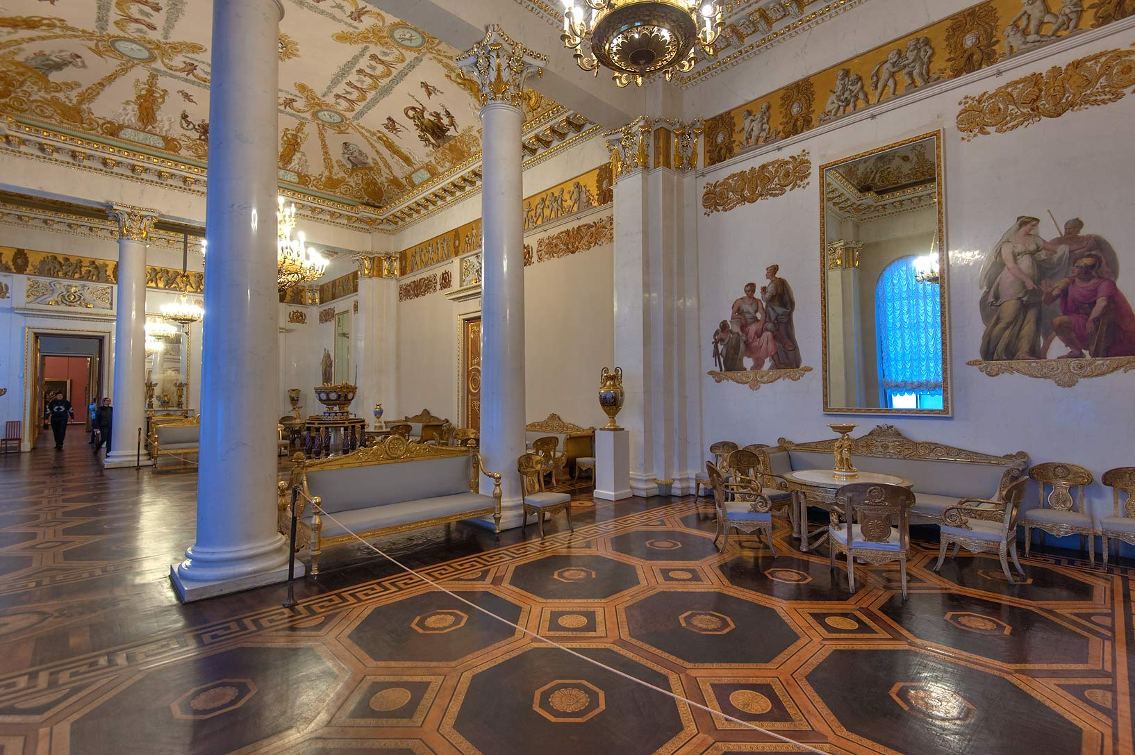 photo 172510 columns of white hall in russian museum st