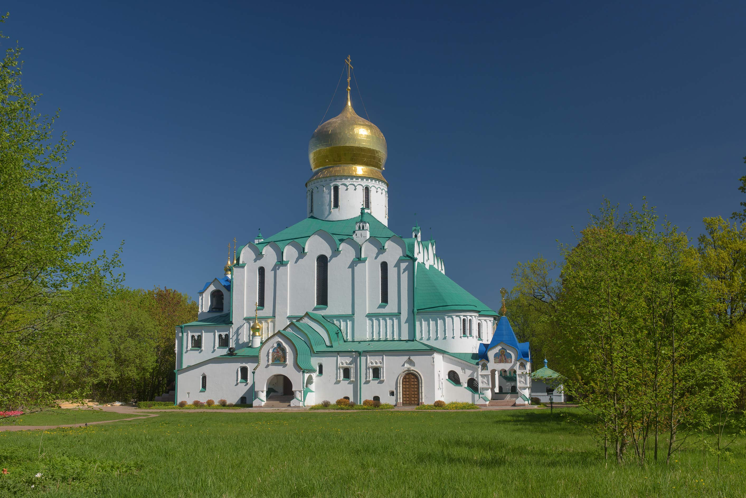 Fiodorovsky Cathedral in Alexander Park. Pushkin...south from St.Petersburg, Russia