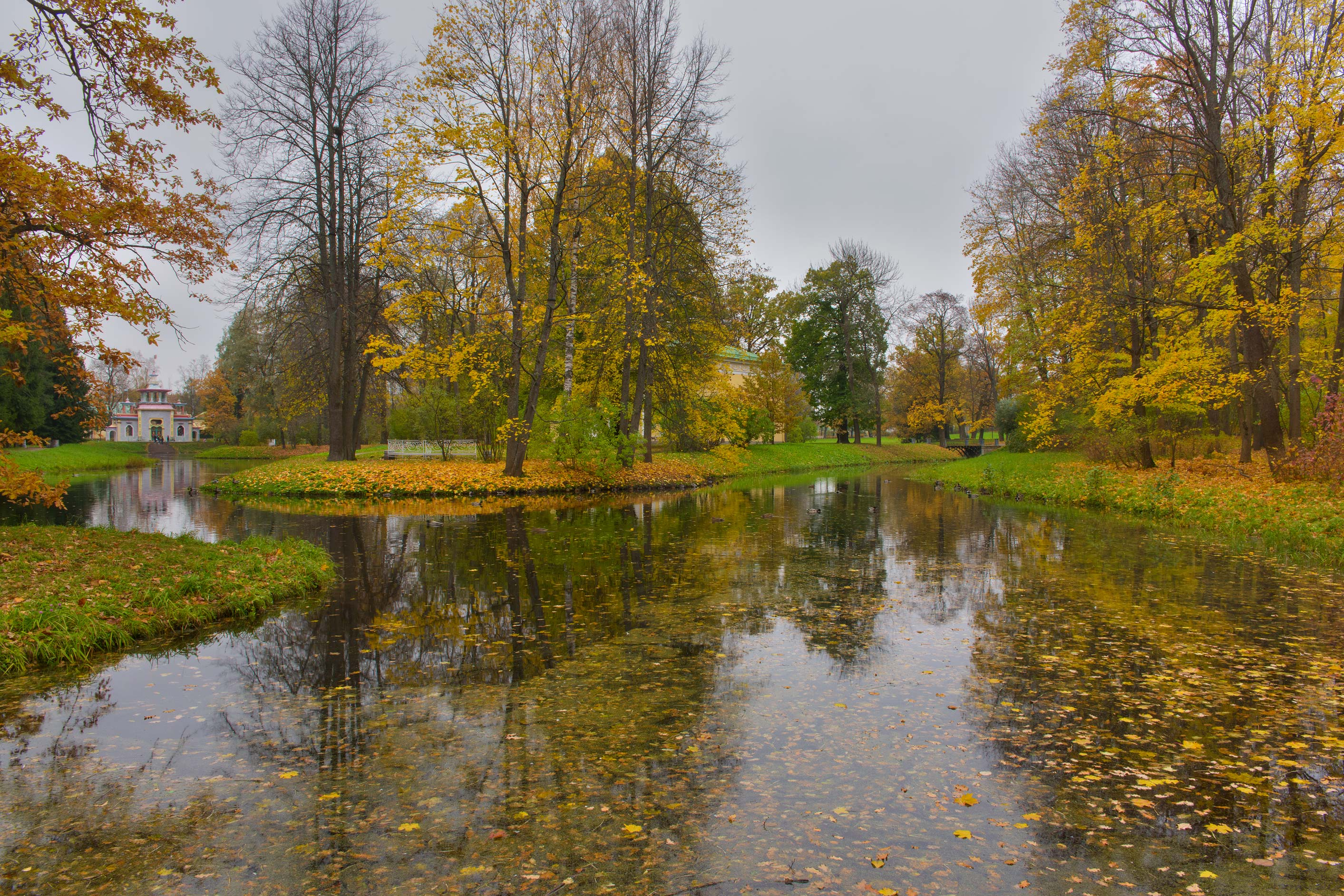 Upper Ponds in Catherine Park. Pushkin (former Tsarskoe Selo) near St.Petersburg, Russia