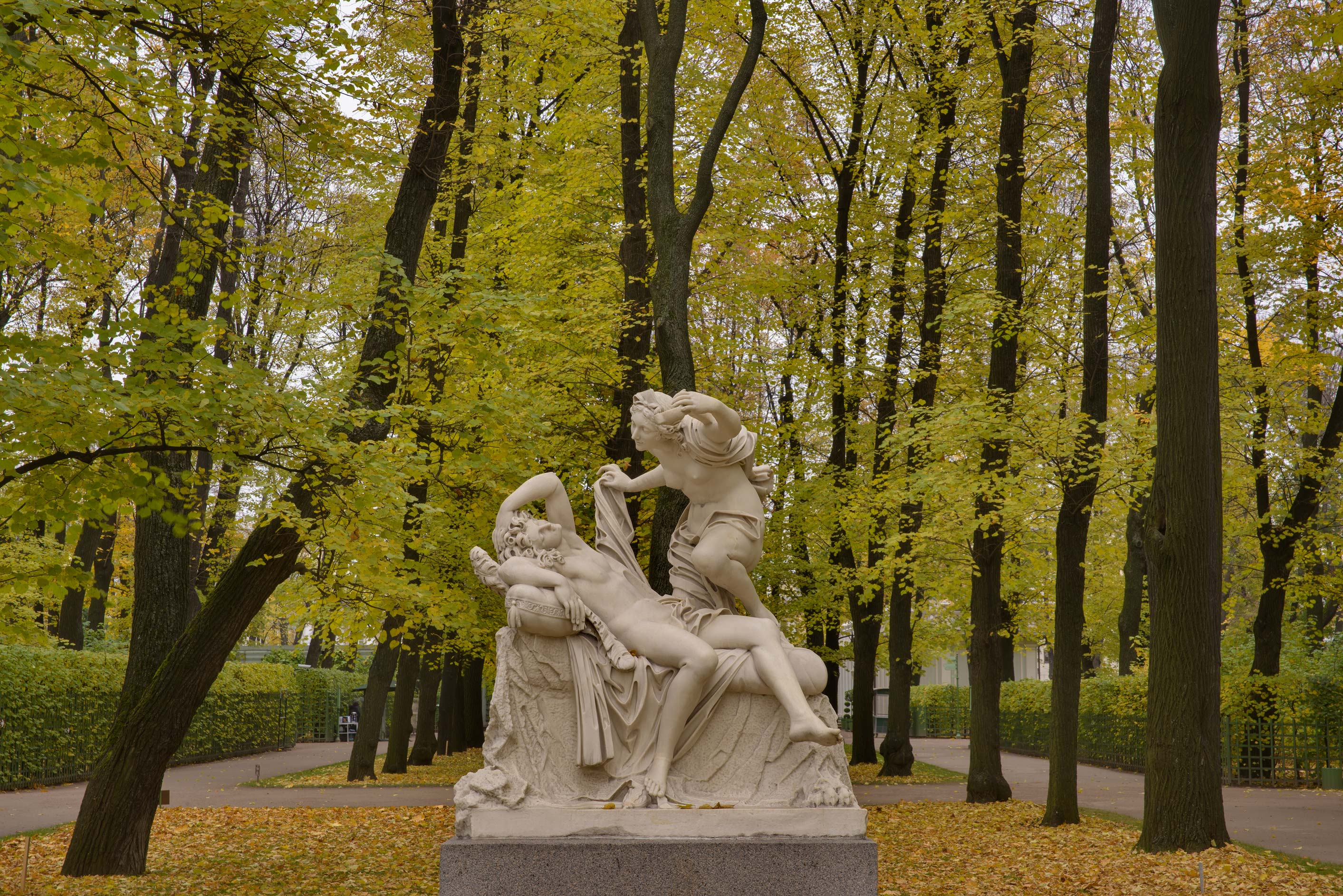 Amur and Psikheya Statue in Letny Sad (Summer Garden). St.Petersburg, Russia