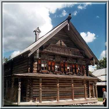 Russian cabin in the museum of wood. novgorod, russia, august 1
