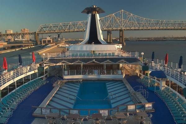 Slideshow 49107 Upper Deck Of A Cruise Ship QuotDream